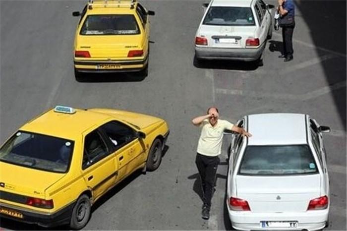 جدال تاکسیها و مسافرکش های شخصی بین شهری در پایانههای اهواز