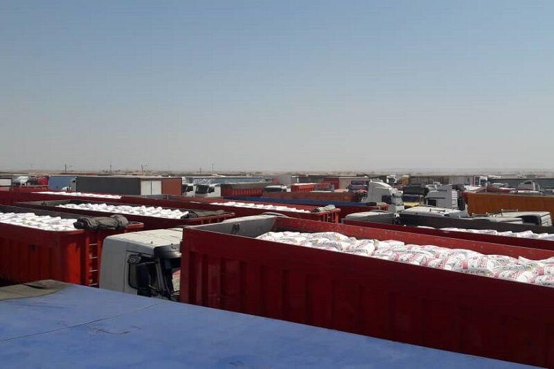 سرگردانی کامیونهای حامل کالاهای صادراتی در مرز چذابه