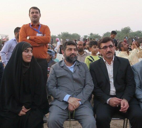 تلاش میکنیم جشنوارههای خوزستان را ملی و بینالمللی کنیم