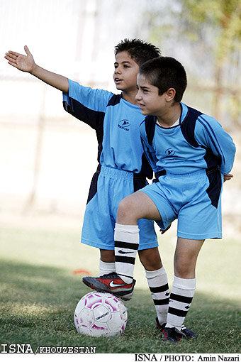 لزوم استفاده مدارس فوتبال از مربیان آشنا به استعدادیابی