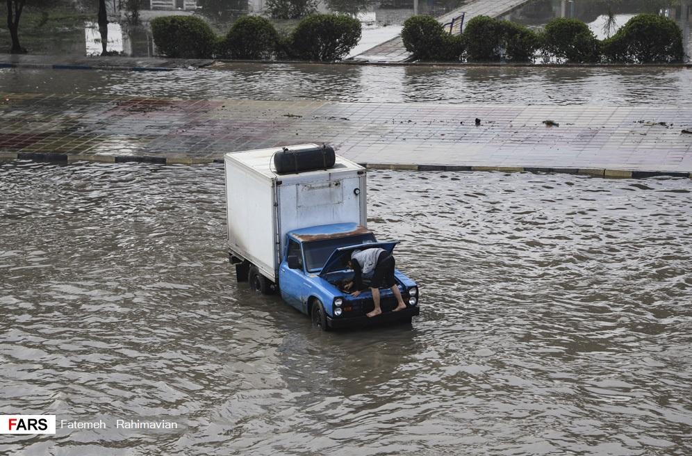 باز باران با ترانه، آیا سیلاب آید به خانه؟