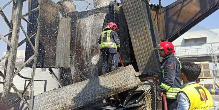 آتش سوزی نیروگاه زرگان تلفانی نداشت/ مهار آتش قبل از سرایت به سایر قسمتها