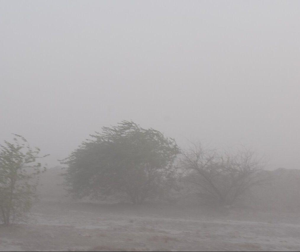 توجه به کانونهای ریزگرد در خوزستان همچنان ضروری است