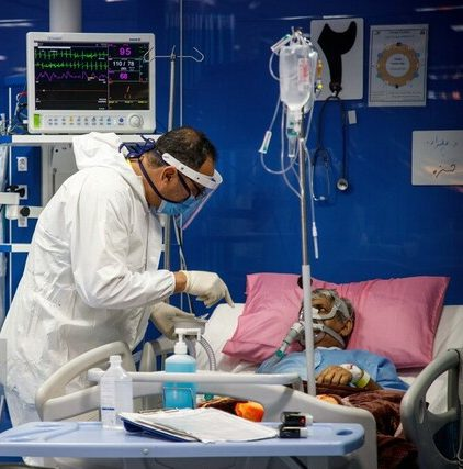 افزایش ابتلای کادر درمانی خوزستان به کرونا / خروج تدریجی پرسنل از سیستم