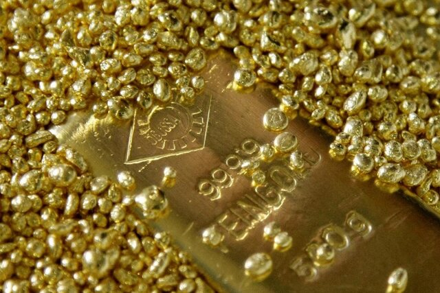 طلا در مسیر ارزانی بیشتر گام برداشت